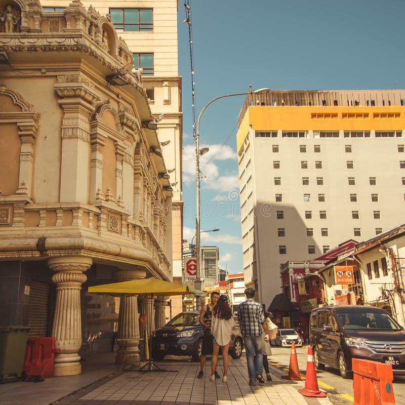 Une rue s'activante occupée photographie stock