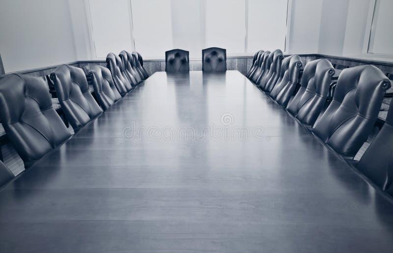 Une salle de conférence vide photographie stock