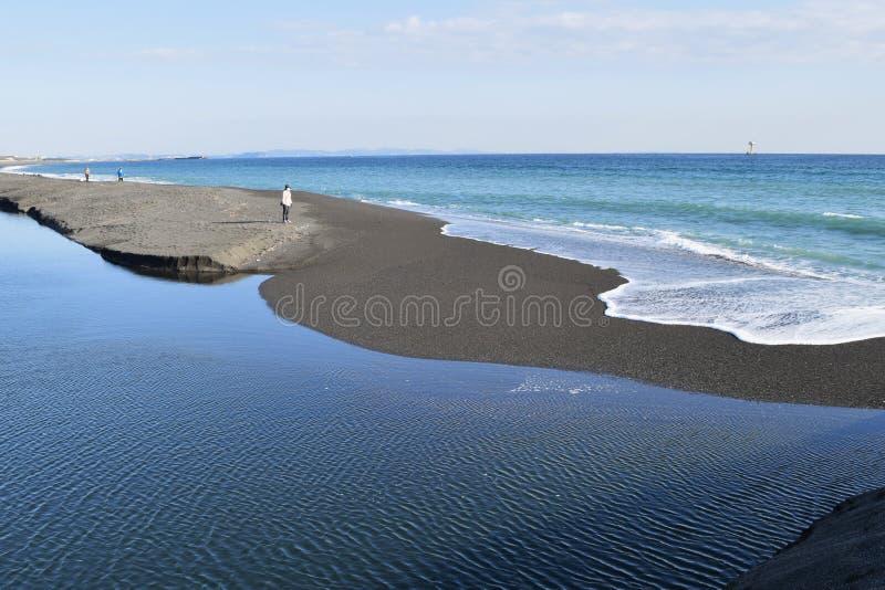 Une scène de plage d'automne images libres de droits