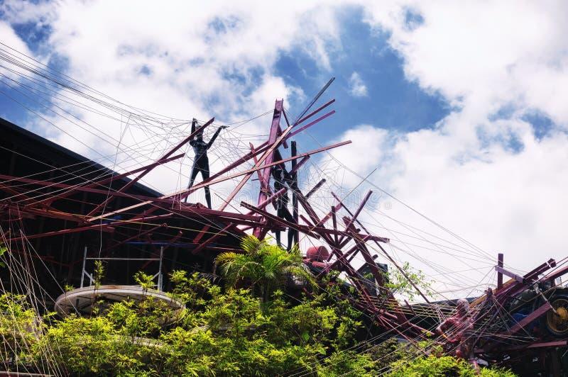 Une sculpture en art moderne au grenier dans la ville de Shenzhen Chine un jour ensoleillé photo libre de droits