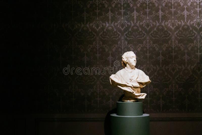 Une statue de buste sur l'affichage dans le Musée d'Art métropolitain photographie stock libre de droits