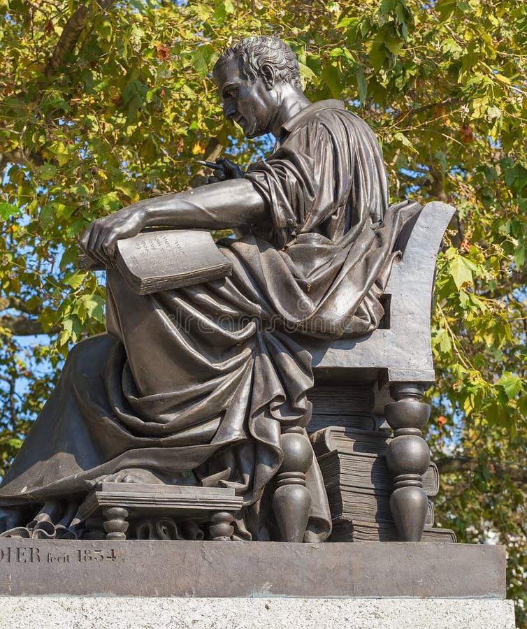Une statue de Jean-Jacques Rousseau à Genève, Suisse photos stock