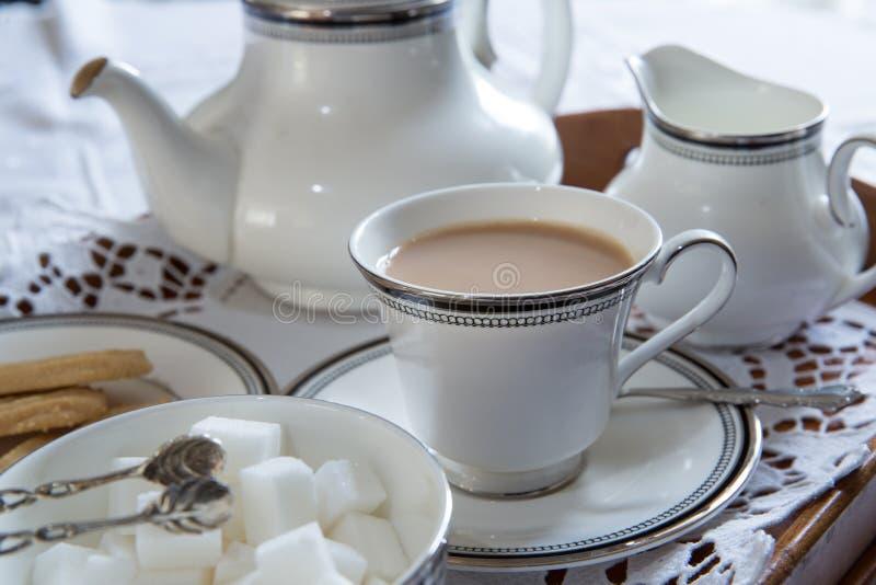 Une tasse anglaise de thé photos stock