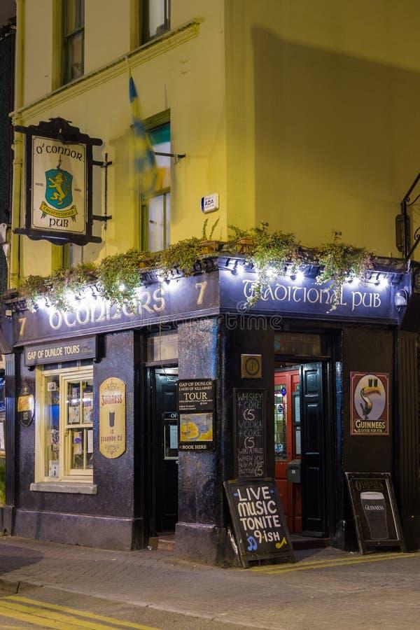 Pub d'Irlandais de Tradidional. Killarney. l'Irlande photo libre de droits