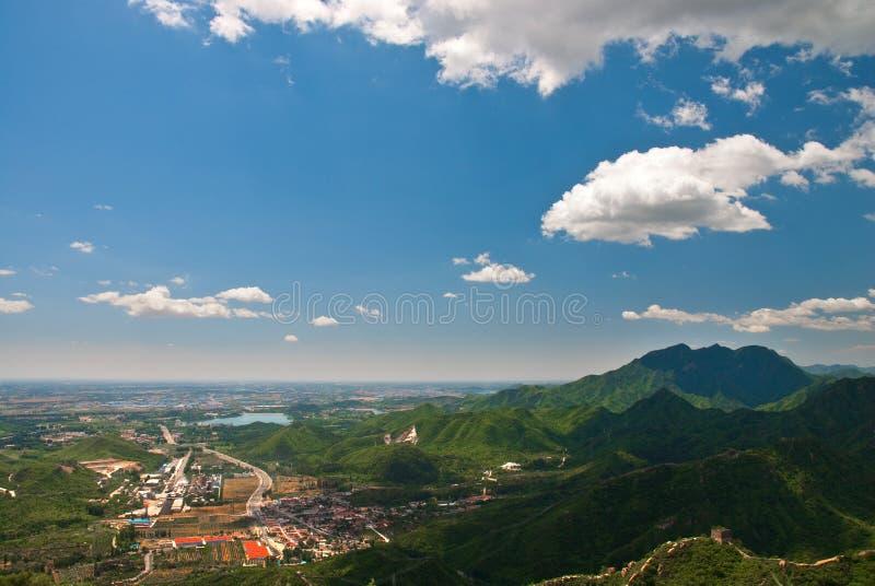 Une ville en plaine photo stock