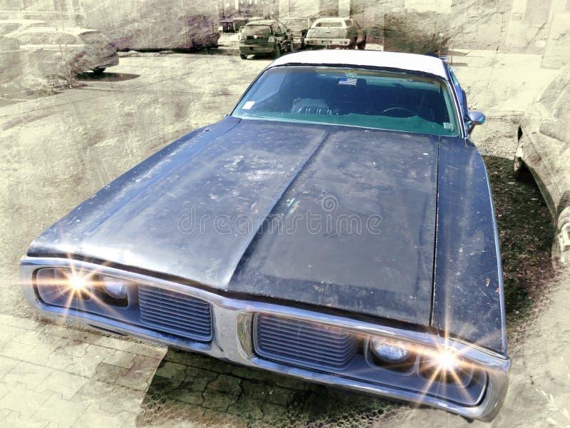 Une voiture énorme plus ancienne des USA avec des lumières dessus images stock
