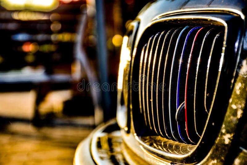 Une voiture sans indicateur de direction photographie stock libre de droits