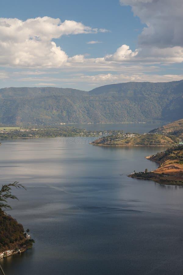Une vue au-dessus de lac Amatitlan photographie stock