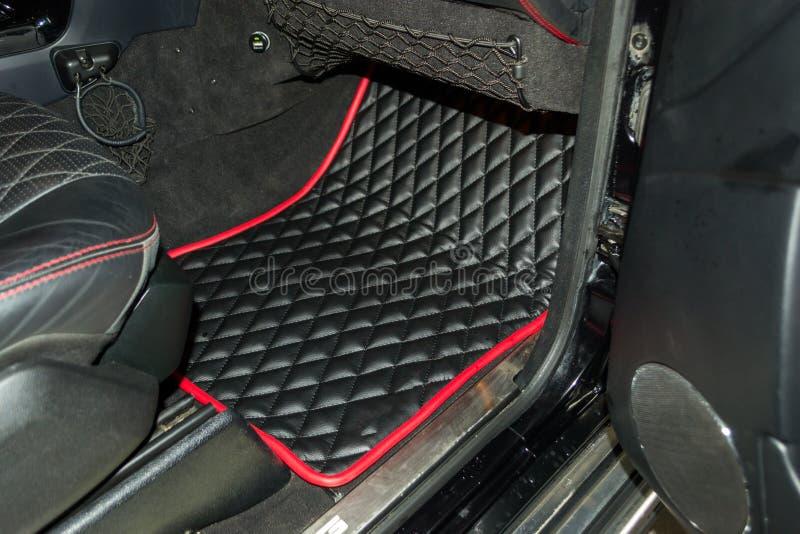 Une vue d'une partie de l'intérieur du siège de voiture photographie stock libre de droits