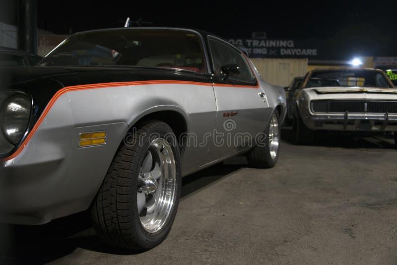 Une vue d'une voiture ancienne classique de vintage dans la rue à Los Angeles photo stock