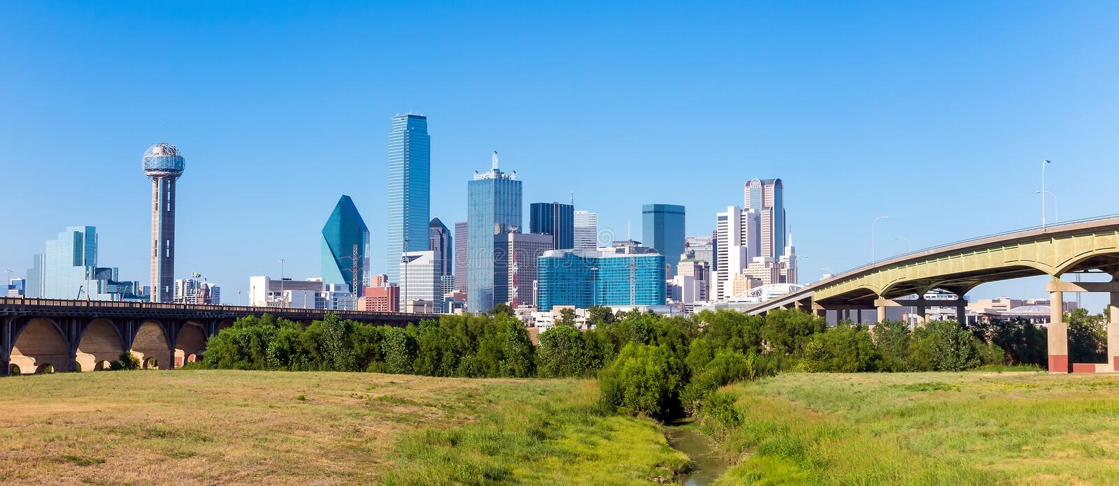 Une vue de l'horizon de Dallas, le Texas images libres de droits