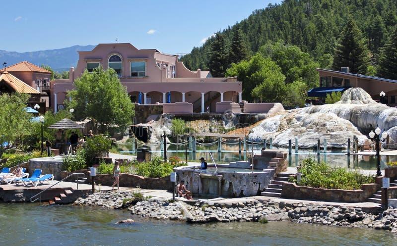 Une vue de la station de vacances et de la station thermale de ressorts image libre de droits