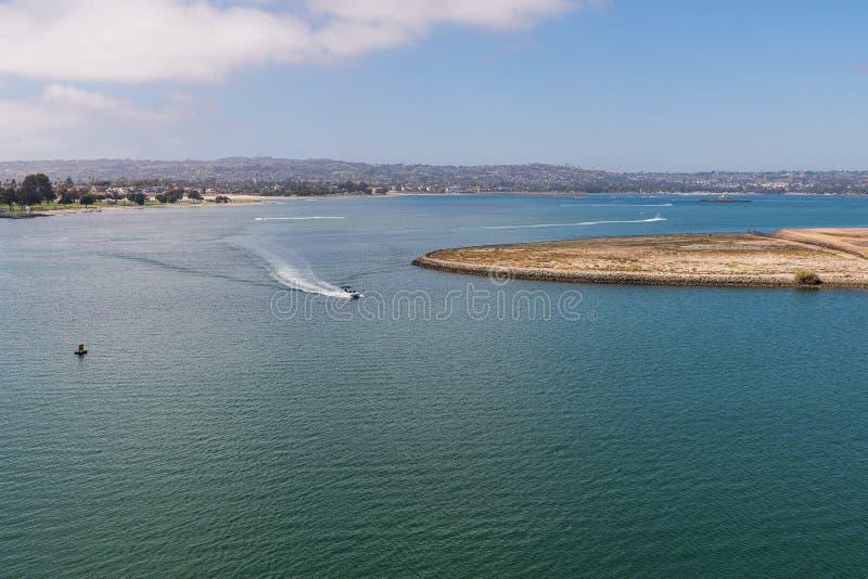 Une vue de San Diego de au-dessus de la mer photos libres de droits