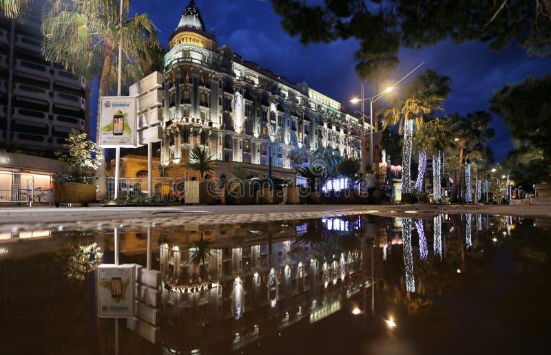 Une vue générale d'hôtel Carlton image libre de droits