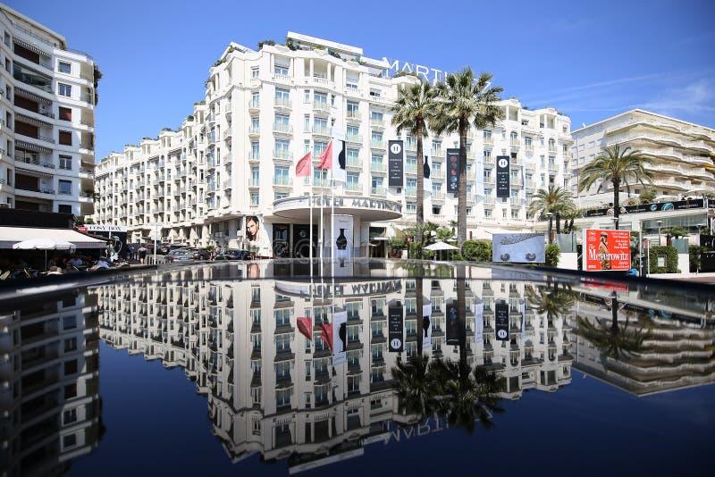 Une vue générale d'hôtel Martinez CANNES photo libre de droits