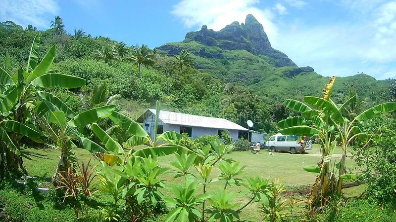 Une vue gentille de montagne d'Otemanu, Bora Bora images libres de droits