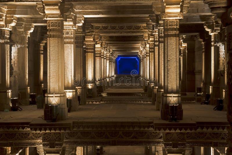 Une vue grande de puits d'étape d'Adalaj Ahmedabad, Goudjerate photographie stock