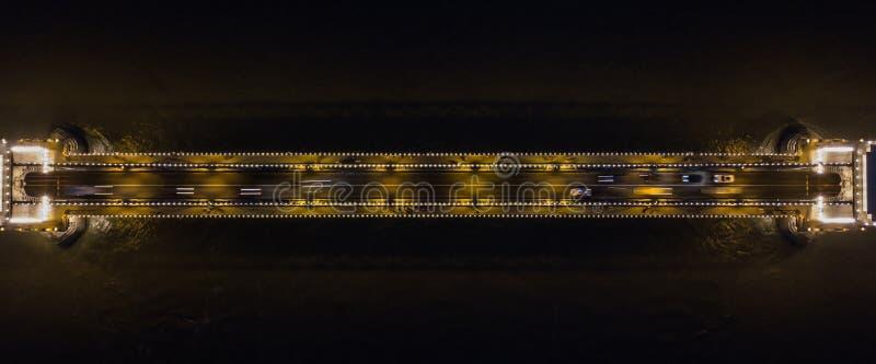 Une vue régionale unique du pont à chaînes la nuit à Budapest, Hongrie photos libres de droits