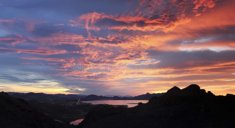 Une vue scénique de la traînée de Tetakawi de São Carlos, Sonora, Mex photographie stock libre de droits
