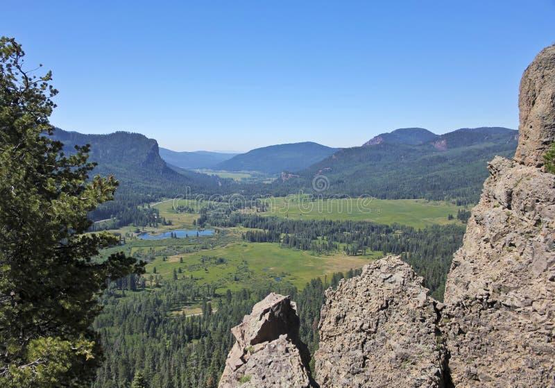 Une vue scénique de la vallée occidentale de fourchette donnent sur dans le Colorado photographie stock libre de droits