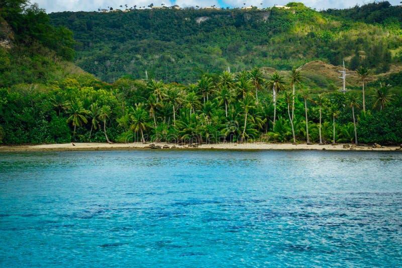 Une vue tropicale de plage images stock