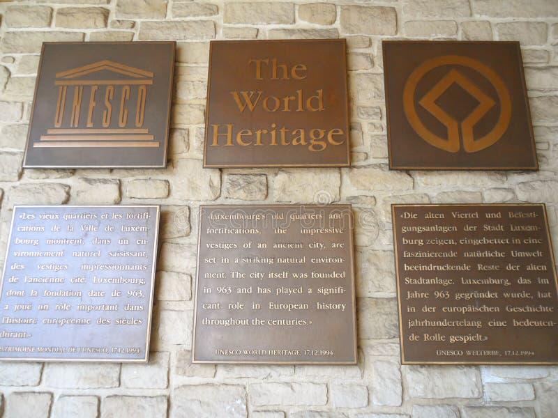 UNESCO światowego dziedzictwa talerz przy Bock kazamatami, Luksemburg miasto fotografia stock