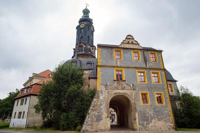 Unesco Germania di vista dell'entrata del portone anteriore della torre del castello di Weimar fotografia stock