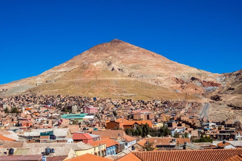 Unesco van Potosi in Bolivië - wereld` s hoogste stad 4070m V stock foto