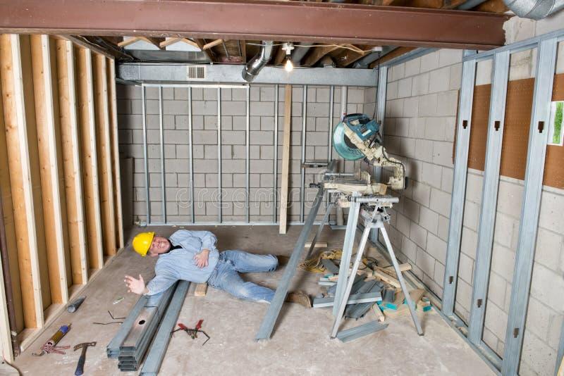 Unfall-Opfer, auf der Job-Verletzung, Sicherheitsfrage stockfotografie