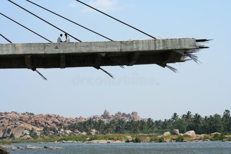 Unfertige Brücke stockbild