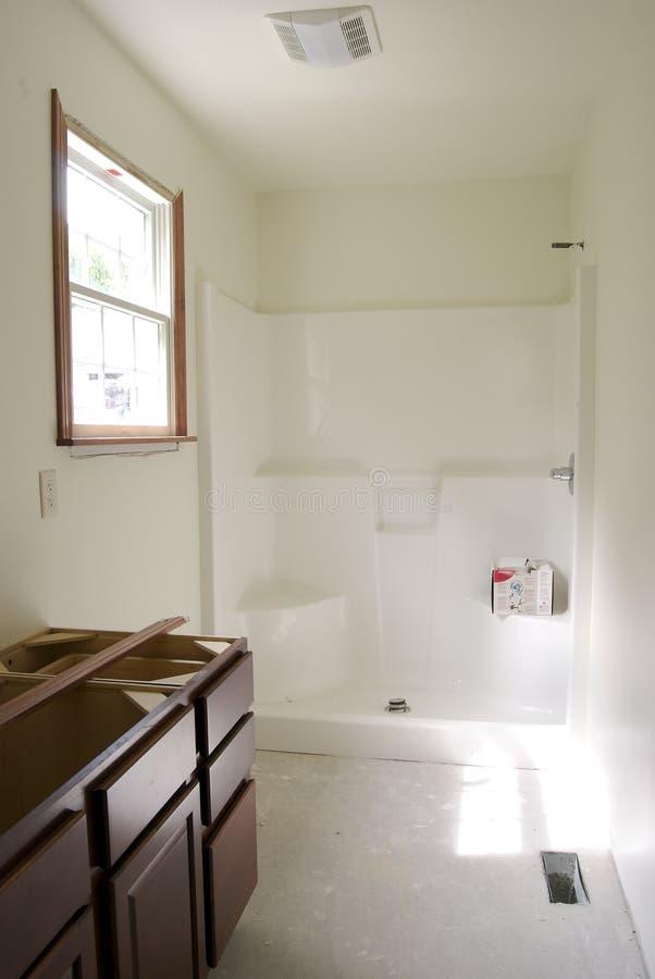 Unfertiges Badezimmer lizenzfreie stockfotografie