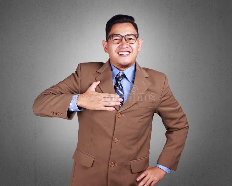 Ung affärsman Proud, förtroendegest arkivbild