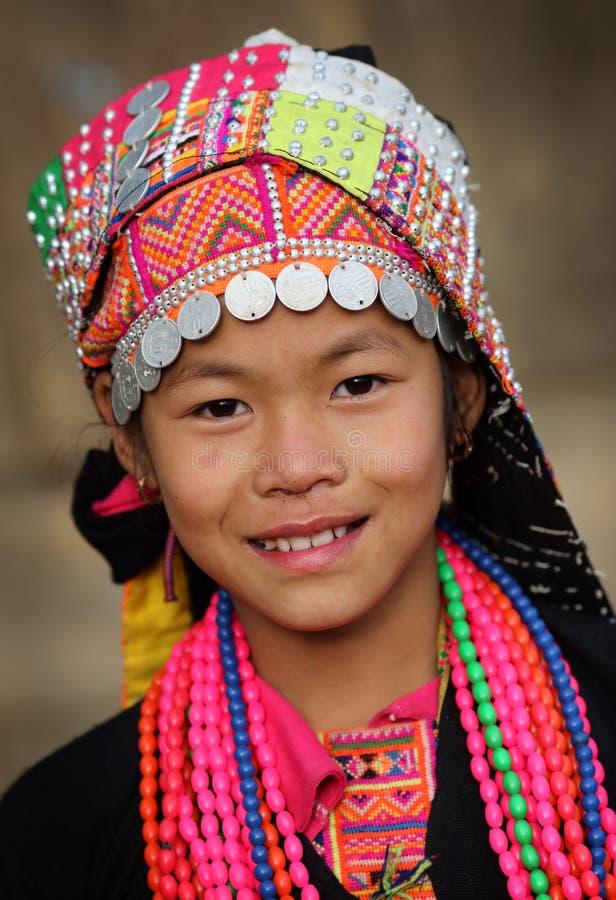 Ung Akha flicka, Phongsaly, Laos royaltyfri fotografi