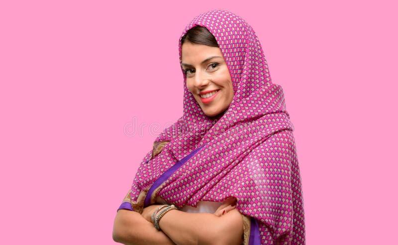 Ung arabisk kvinna royaltyfri fotografi