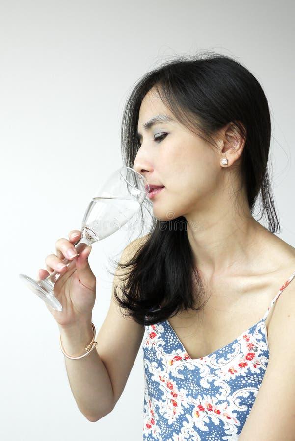 Ung asiatisk dam royaltyfri fotografi