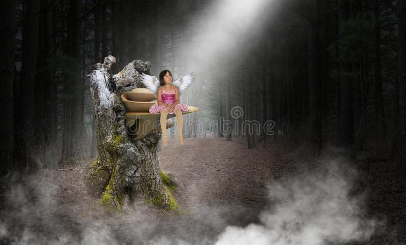 Ung flicka ängel, Hople, förälskelse, fred arkivbild