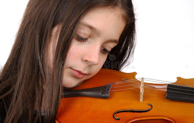 Ung flicka och fiol royaltyfri fotografi