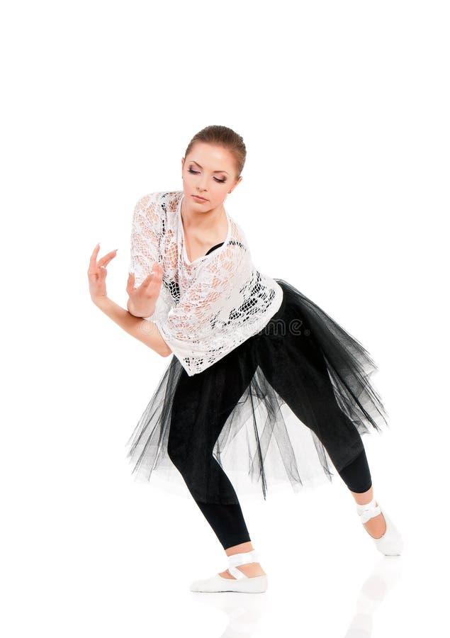 Ung härlig balettdansör royaltyfria foton