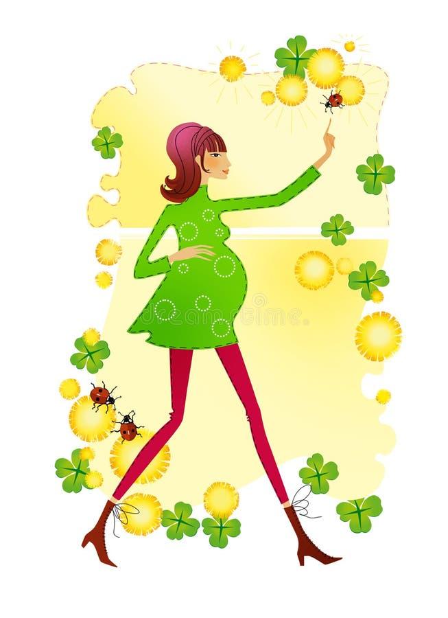 Ung härlig gravid kvinna på en bakgrund av vårsidor av en lycklig växt av släktet Trifolium, maskrosblommor och nyckelpigor raste stock illustrationer
