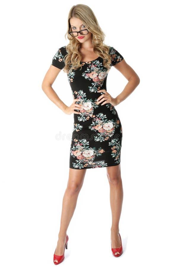 Ung kortslutning Mini Dress för affärskvinna royaltyfri fotografi