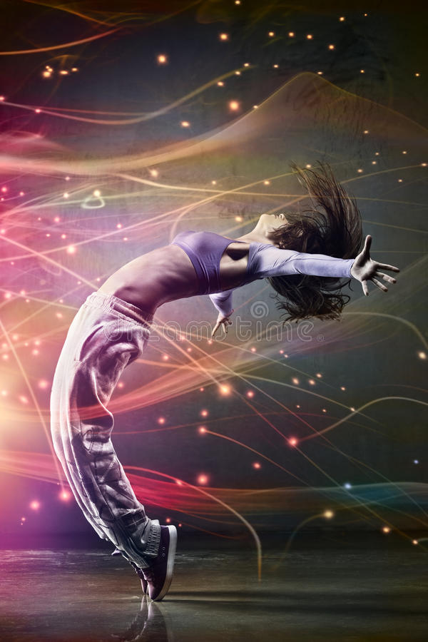 Ung kvinnadansare arkivfoton