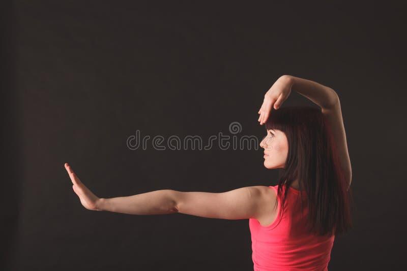 Ung kvinnlig dansjazz fotografering för bildbyråer