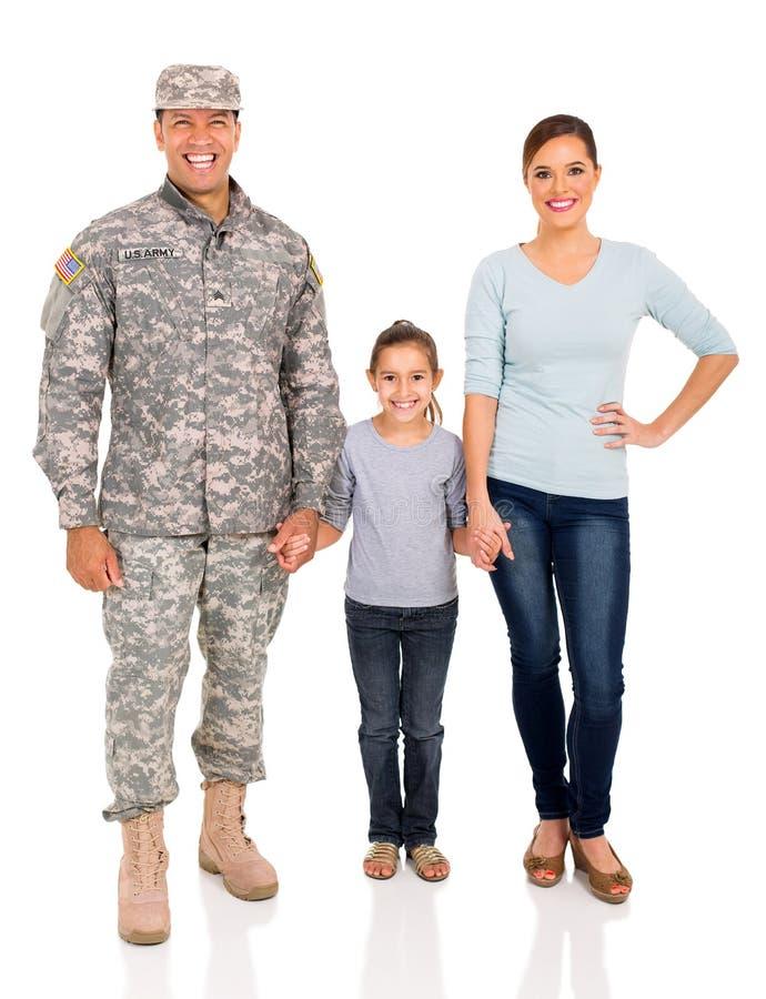 Ung militär familj arkivbild