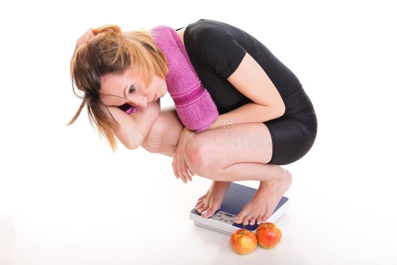 Ung olycklig flicka för stående som bantar begrepp fotografering för bildbyråer