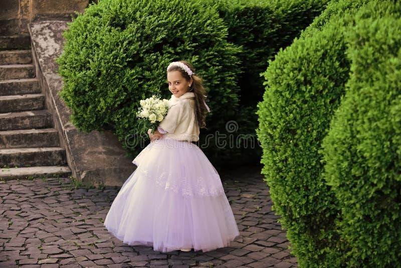 Ung princess Mode Cinderella, prinsessa arkivbild