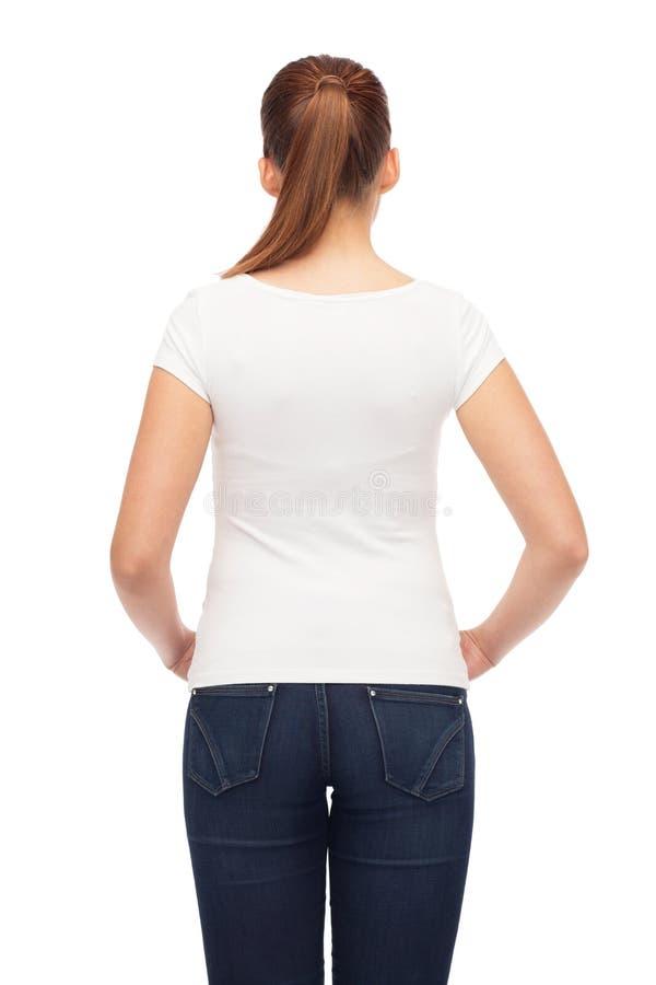 Ung t-shirt för kvinnablankowhite arkivfoton