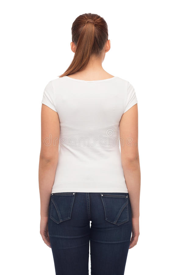 Ung t-shirt för kvinnablankowhite arkivbilder