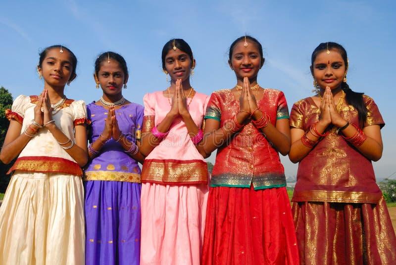 Unga indiska flickor arkivfoton