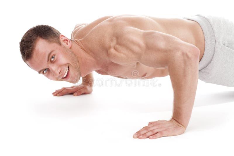 unga muskulösa sportar för stilig man fotografering för bildbyråer