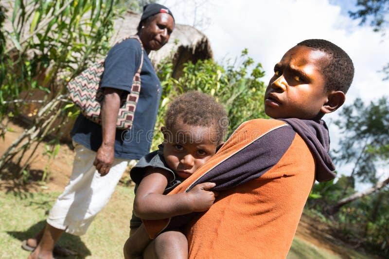 Ungar av Papua Nya Guinea royaltyfria bilder